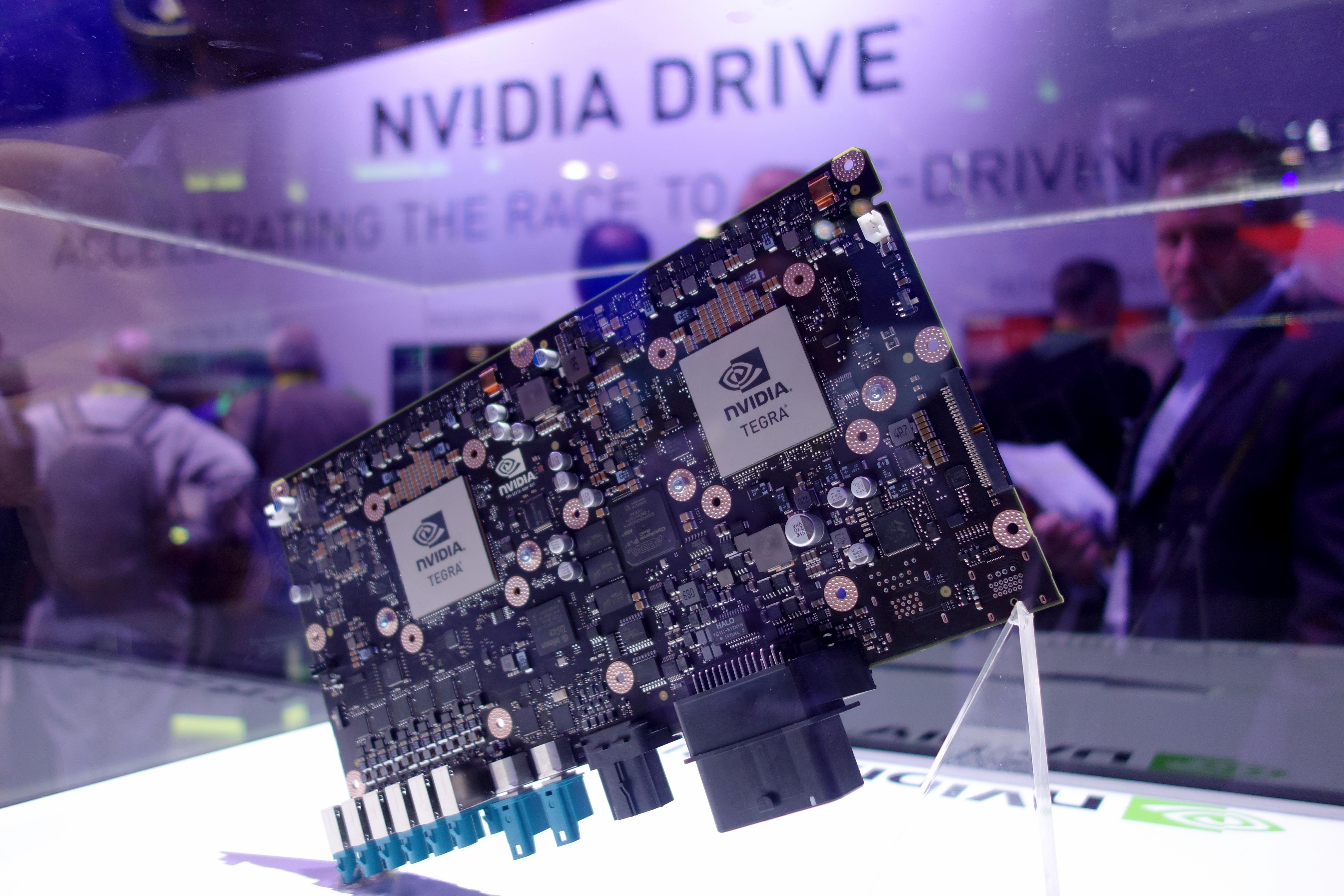 0106-nvidia-drivepx2-100636643-orig